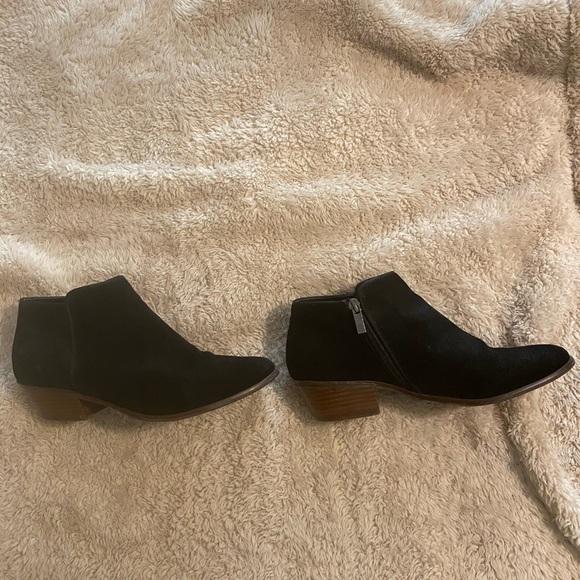 Crown Vintage black suede booties